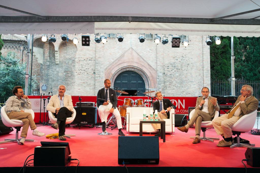 19.06.15, Bologna, REUNION, Il primo raduno mondiale dei laureati Università di Bologna - Foto CAMERA7